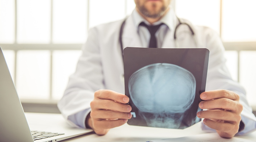 What to Do After a Concussion: 5 Tips